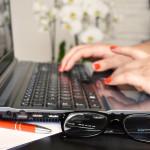 3 Cara Google Membantumu Menulis