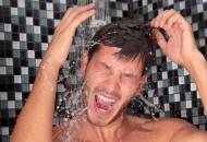 Manfaat mandi air dingin