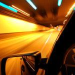 Tips Mengendarai Mobil di Malam Hari