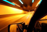 menyetir-malam-hari