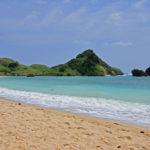 Pantai Kuta Lombok, Tidak Kalah Cantik dari Kuta Bali