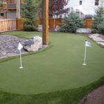 Gemar Main Golf? Yuk, Buat Lapangan Golf Mini di Rumah!