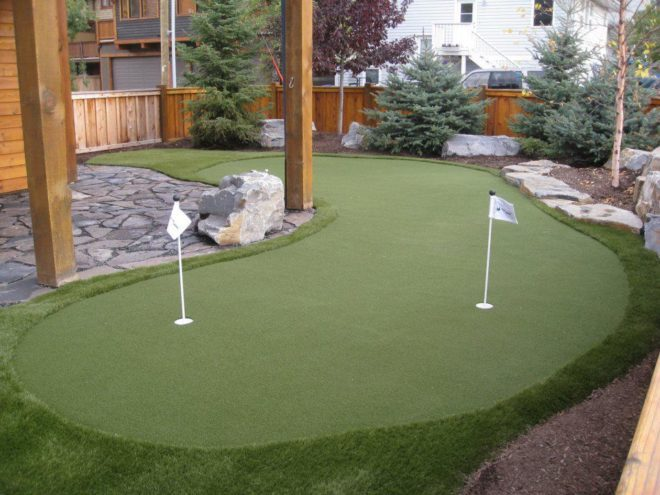 Lapangan golf mini